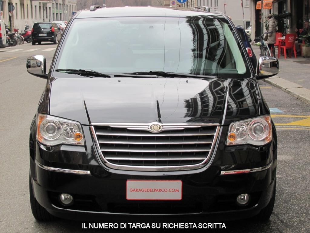 Chrysler grand voyager 2 8 crd limited 7 posti automatico for Prezzo del garage 16x20
