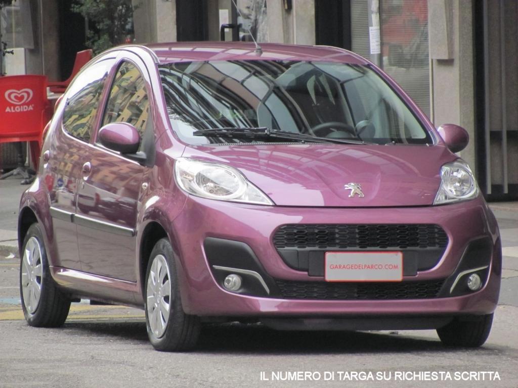 Peugeot 107 5 porte usata storia del veicolo for Porte a libro usate