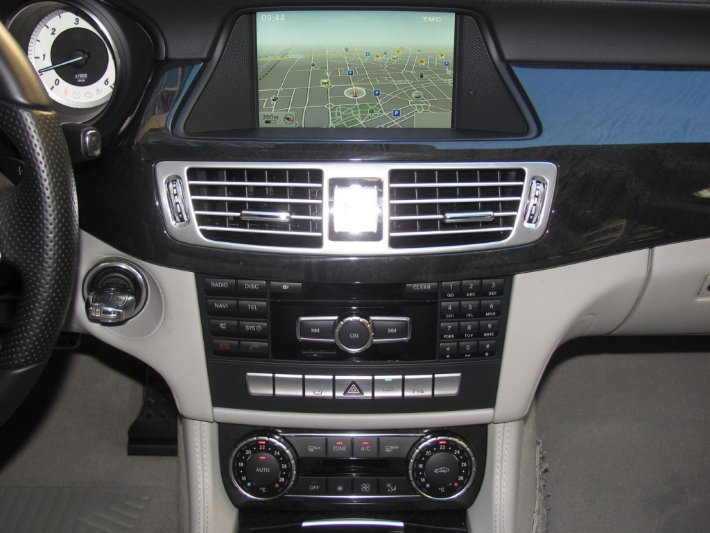mercedes benz cls350 cdi sw blueefficiency 4matic amg pack. Black Bedroom Furniture Sets. Home Design Ideas